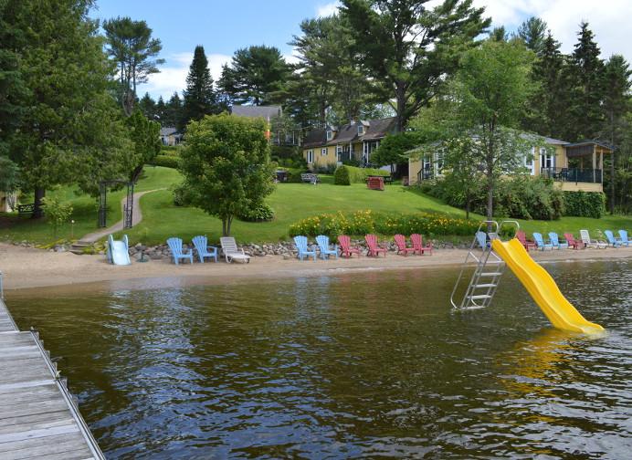 Plage privée de jour - Chalets aux Crocollines -Chalet à louer - Lac Simon, Qc